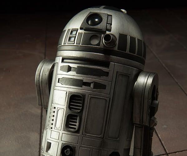 Sideshow R2-D2 Unpainted Prototype 1/6 Scale Figure