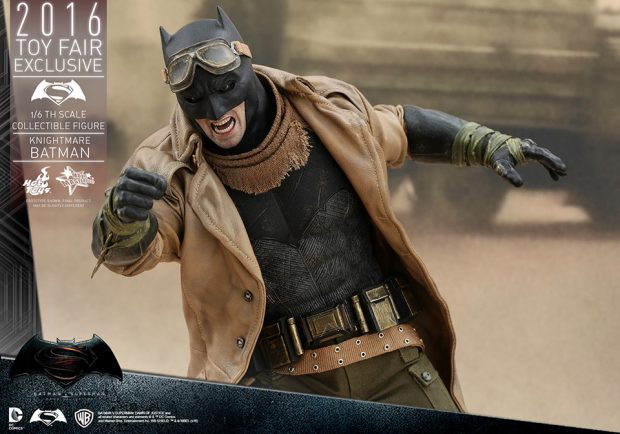 batman_v_superman_knightmare_batman_sixth_scale_action_figure_by_hot_toys_9