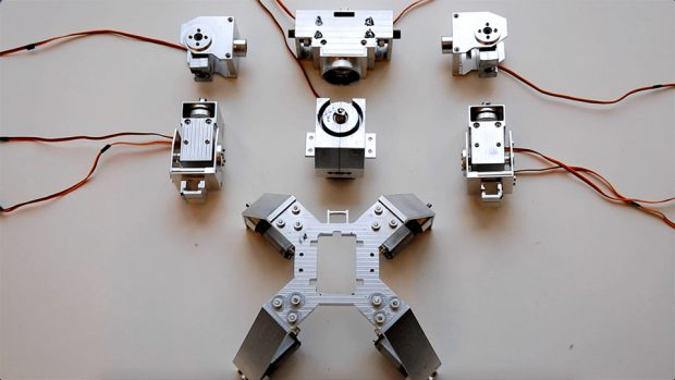 ganker_remote-controlled_customizable_combat_robots_2