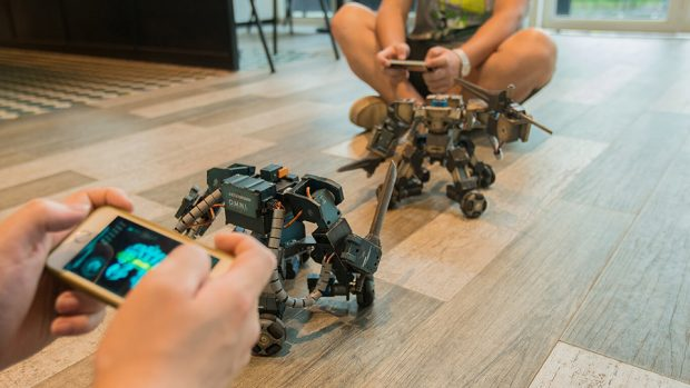 ganker_remote-controlled_customizable_combat_robots_9