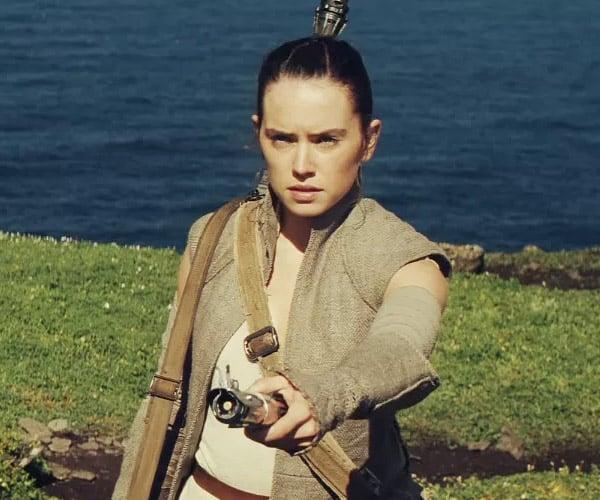Impatient Fan Makes Trailer for Star Wars Episode VIII
