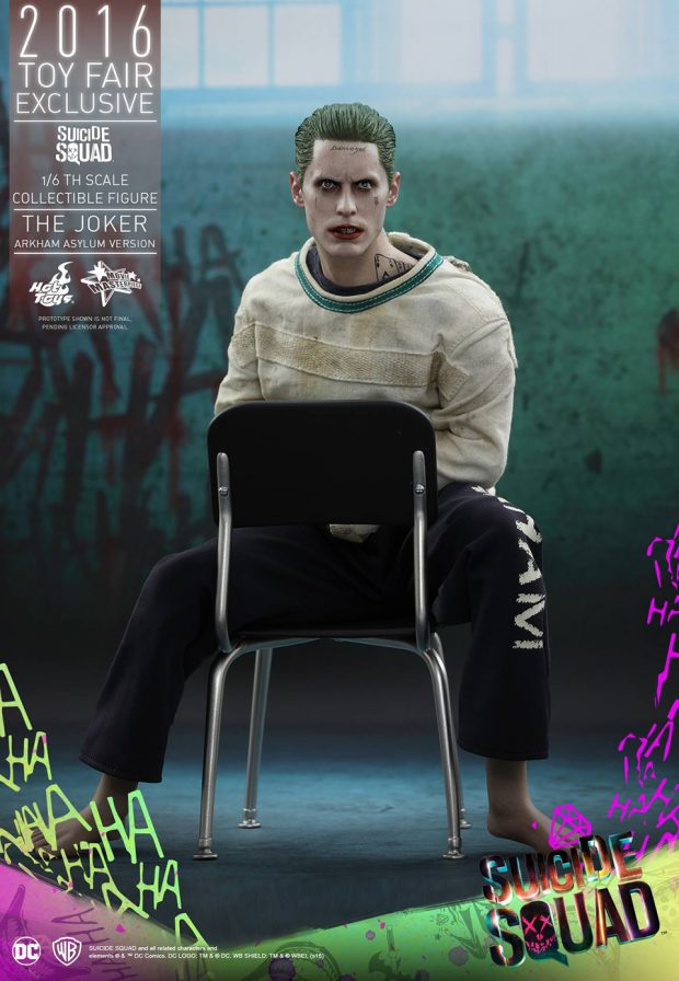 suicide_squad_arkham_asylum_joker_sixth_scale_action_figure_hot_toys_6