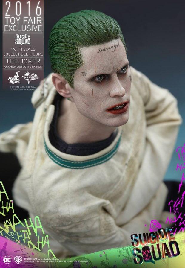 suicide_squad_arkham_asylum_joker_sixth_scale_action_figure_hot_toys_8
