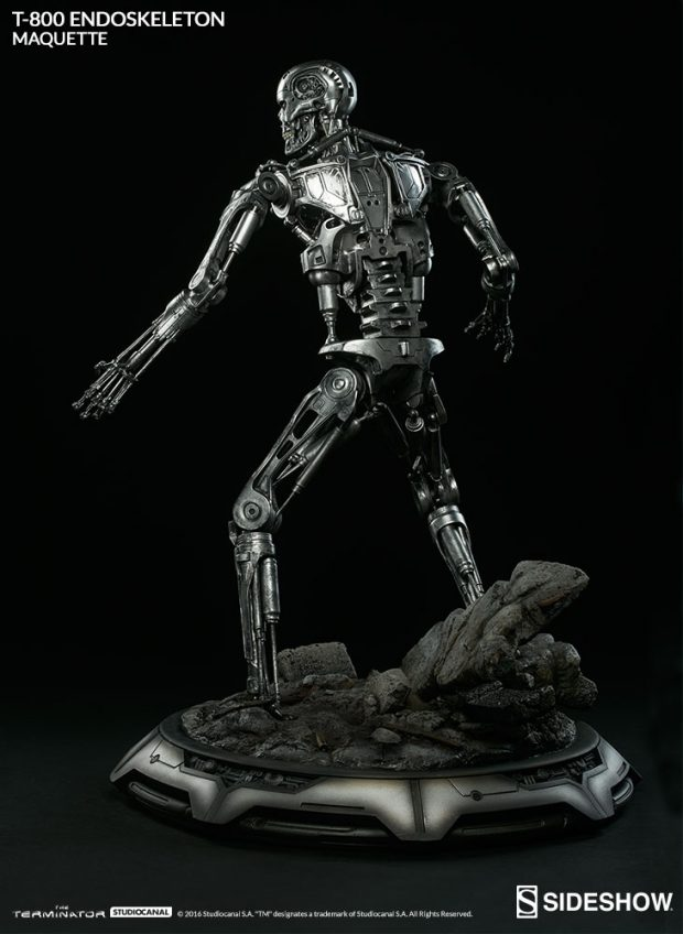 the_terminator_t-800_endoskeleton_maquette_by_sideshow_collectibles_5