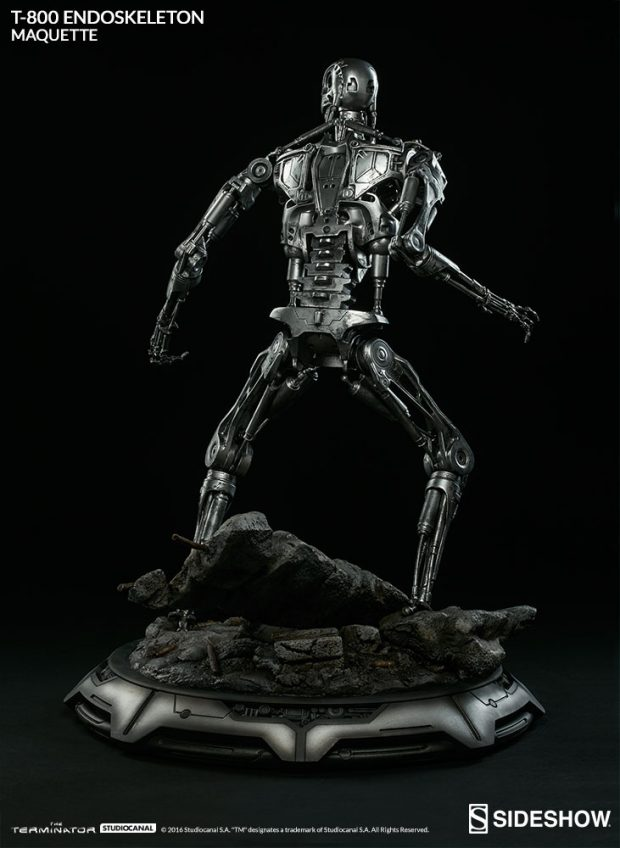 the_terminator_t-800_endoskeleton_maquette_by_sideshow_collectibles_6