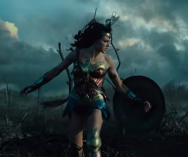 Wonder Woman Gets Trailer, Looks Awesome