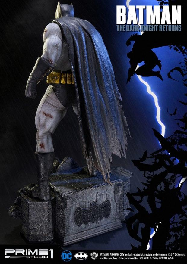 batman_the_dark_knight_returns_statue_by_prime_1_studio_10