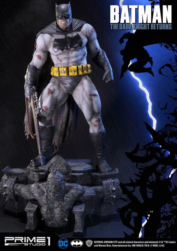 batman_the_dark_knight_returns_statue_by_prime_1_studio_2