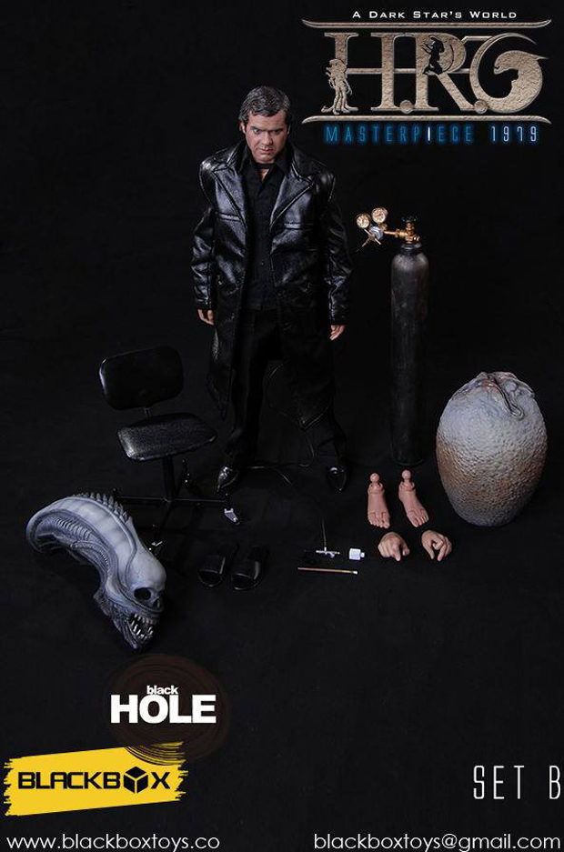 blackbox_hr_giger_sixth_scale_action_figure_2