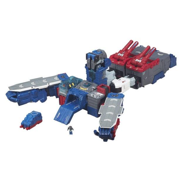 transformers_generations_titans_return_fortress_maximus_figure_by_hasbro_10