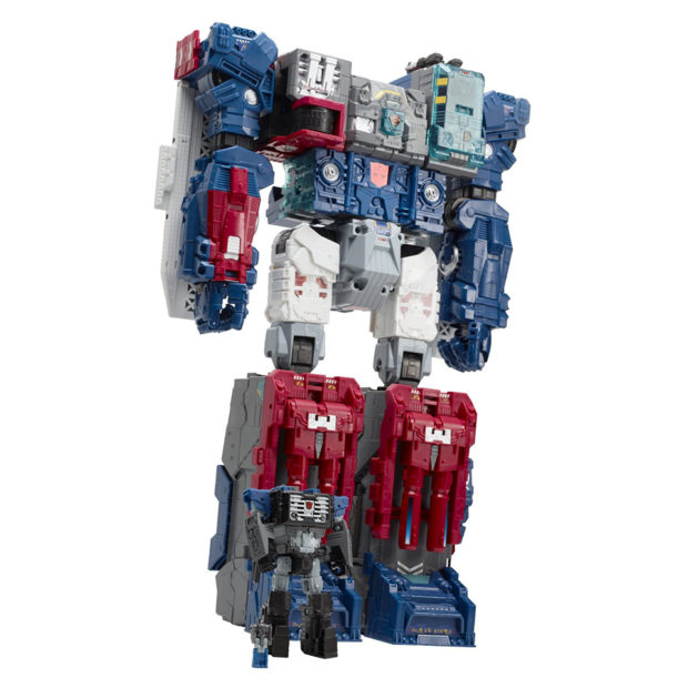 transformers_generations_titans_return_fortress_maximus_figure_by_hasbro_9