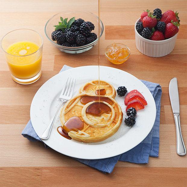 bb8_waffle_maker_2