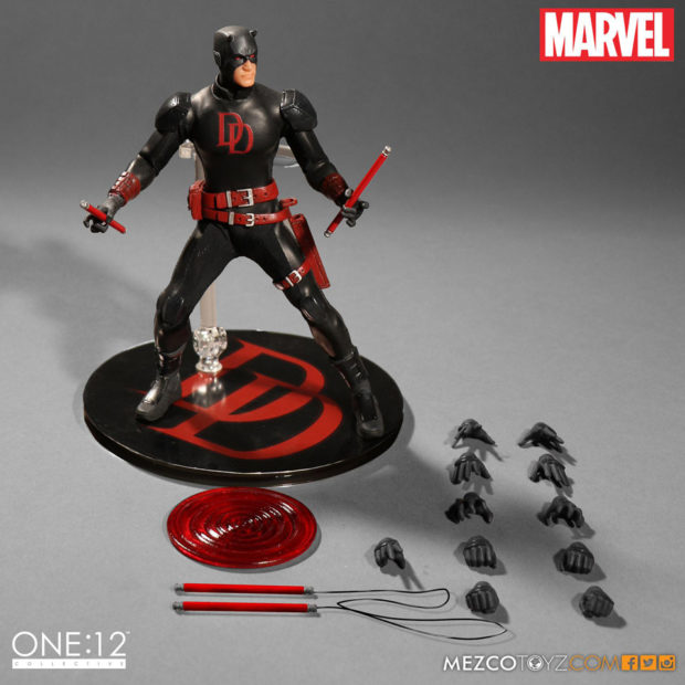 daredevil_shadowland_one_12_collective_action_figure_by_mezco_toyz_2