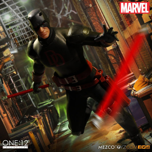 daredevil_shadowland_one_12_collective_action_figure_by_mezco_toyz_3