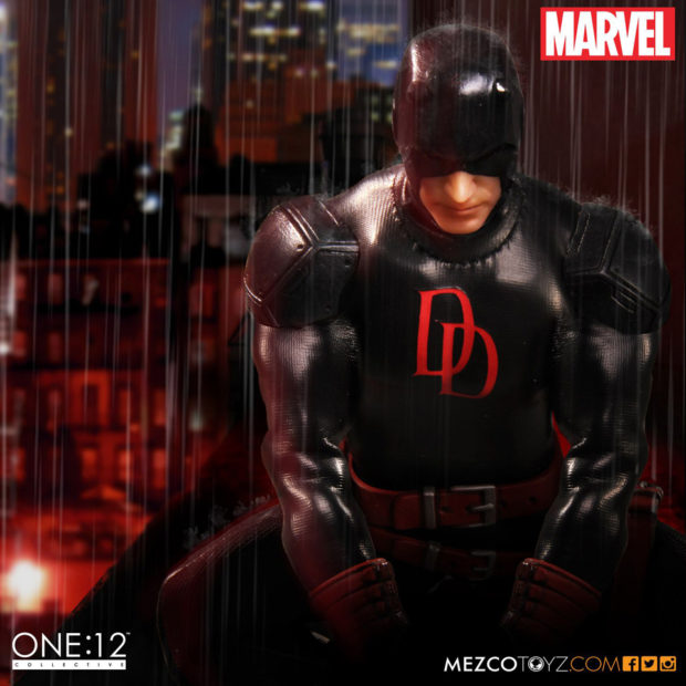 daredevil_shadowland_one_12_collective_action_figure_by_mezco_toyz_7