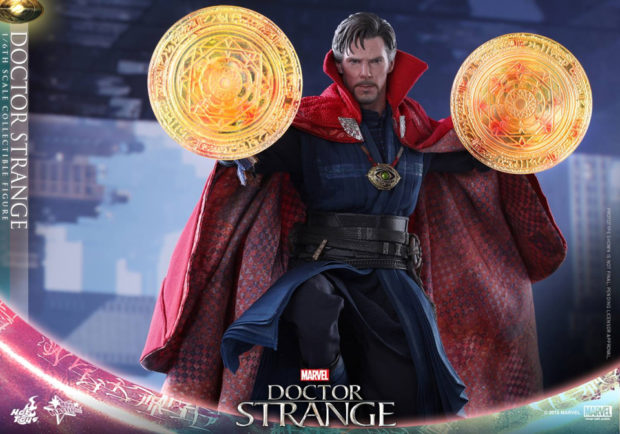 doctor_strange_sixth_scale_action_figure_hot_toys_8