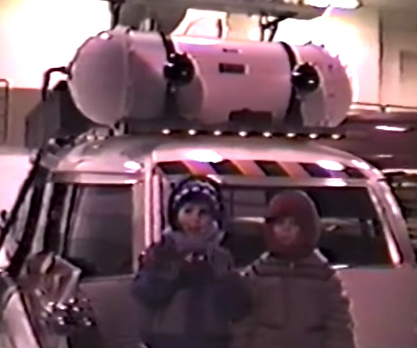 Video Surfaces of Two Kids Visiting the Set of Ghostbusters II