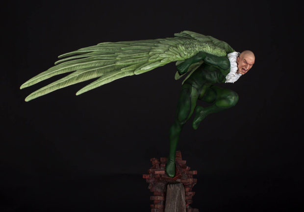 lizard_vulture_fourth_scale_statues_by_xm_studios_6