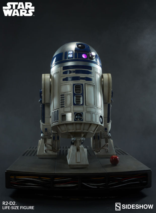 star_wars_life-size_r2-d2_figure_by_sideshow_collectibles_2