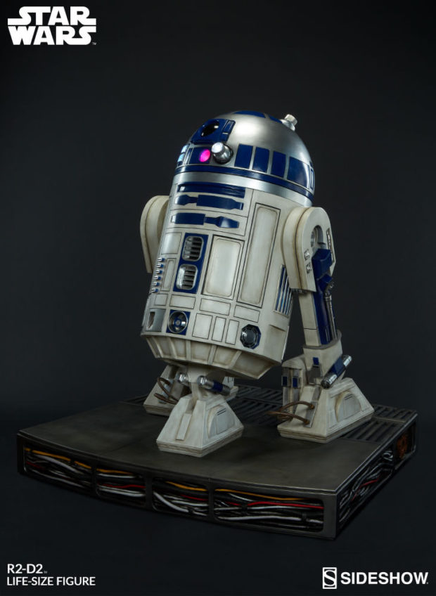 star_wars_life-size_r2-d2_figure_by_sideshow_collectibles_3