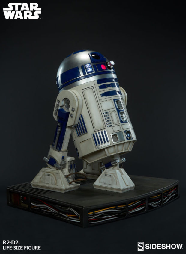 star_wars_life-size_r2-d2_figure_by_sideshow_collectibles_5