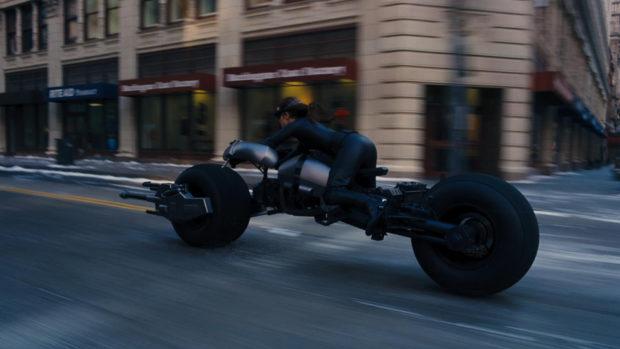 the_dark_knight_batpod_batman_motorcycle_prop_auction_11