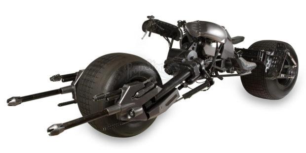 the_dark_knight_batpod_batman_motorcycle_prop_auction_2