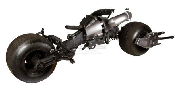 the_dark_knight_batpod_batman_motorcycle_prop_auction_4