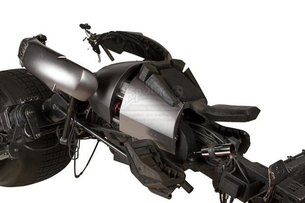 the_dark_knight_batpod_batman_motorcycle_prop_auction_6