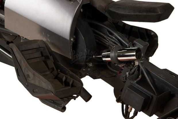 the_dark_knight_batpod_batman_motorcycle_prop_auction_9