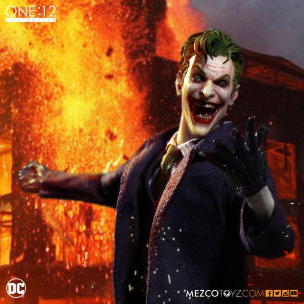 the_joker_one_12_collective_action_figure_mezco_toyz_6