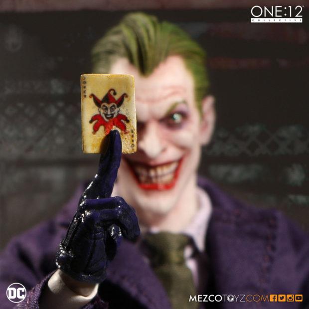the_joker_one_12_collective_action_figure_mezco_toyz_8