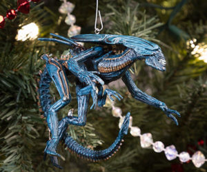 Alien Queen Ornament: Have Yourself a Deadly Little Christmas