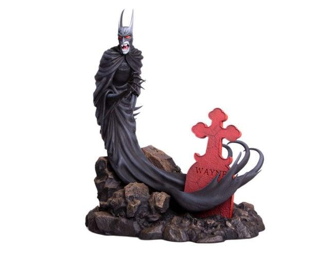 batman_red_rain_statue_mondo_4