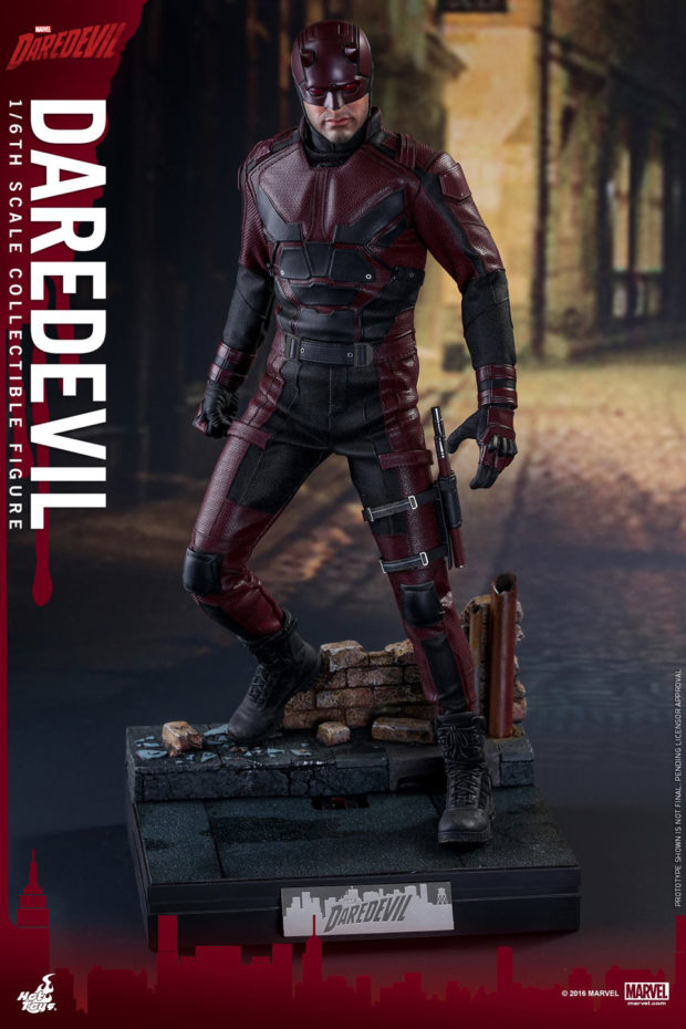 netflix_daredevil_sixth_scale_action_figure_hot_toys_11