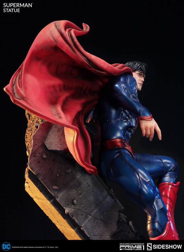new_52_superman_statue_prime_1_studio_10