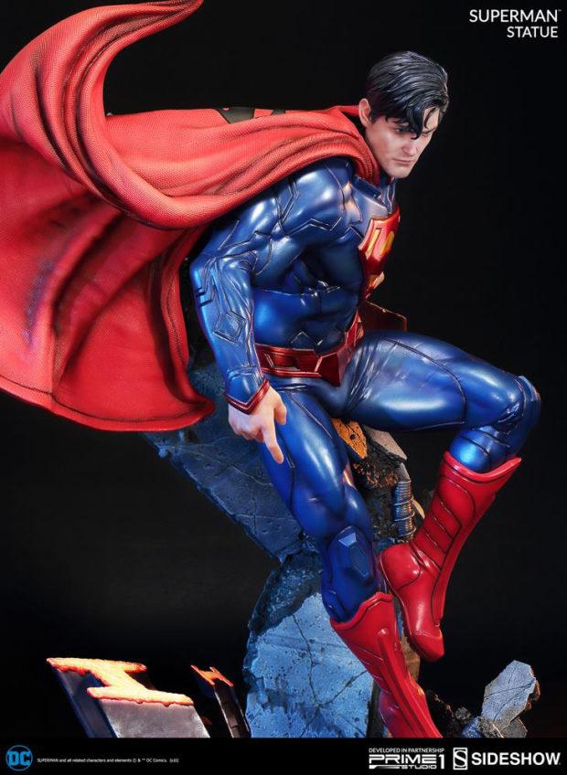 new_52_superman_statue_prime_1_studio_3