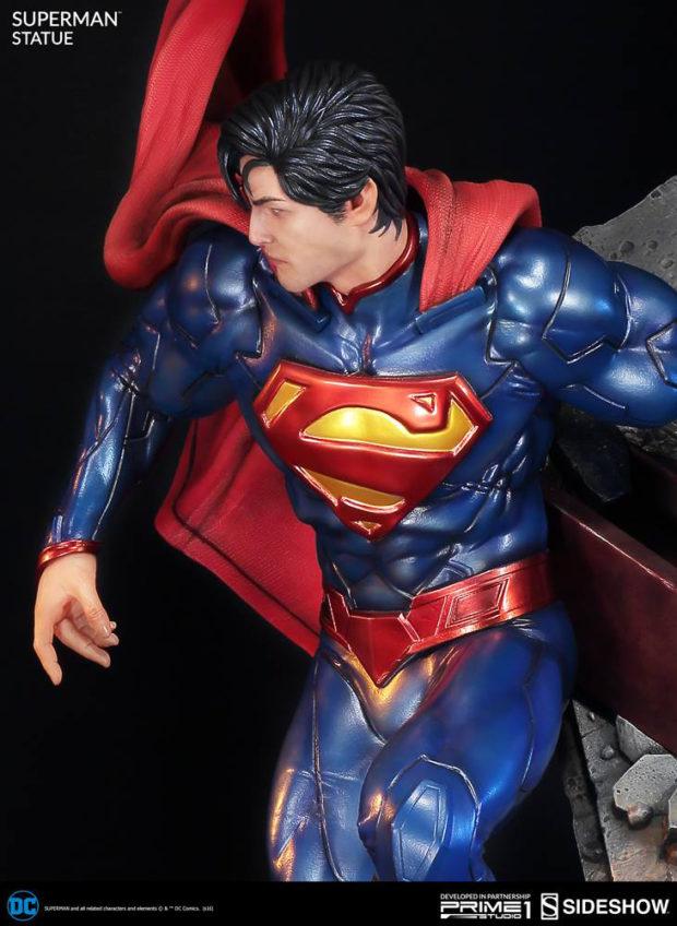 new_52_superman_statue_prime_1_studio_5
