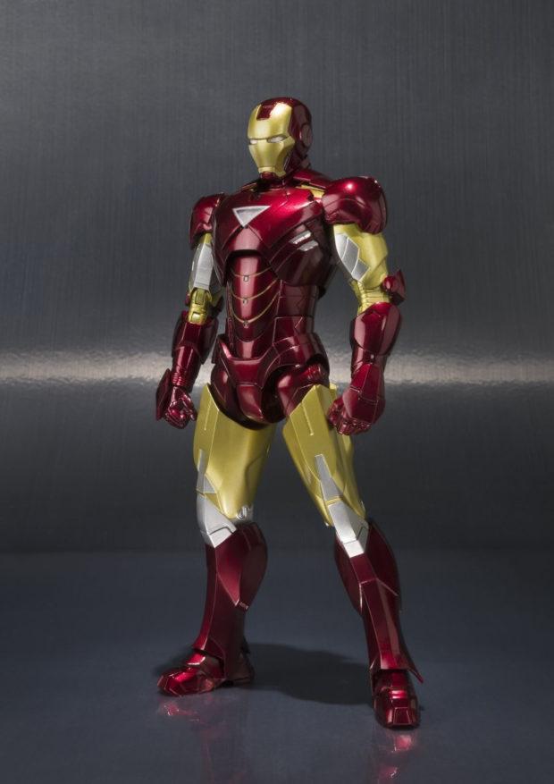 sh_figuarts_iron_man_3_hall_of_armor_display_case_bandai_6