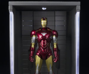 Bandai S.H. Figuarts Iron Man 3 Hall of Armor Display Case