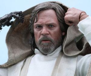 Hot Toys The Force Awakens Luke Skywalker 1/6 Scale Action Figure