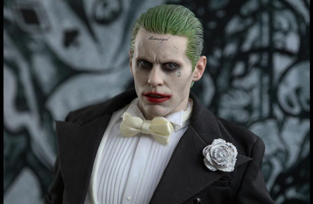suicide_squad_the_joker_tuxedo_version_sixth_scale_action_figure_hot_toys_10