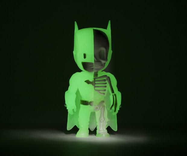 xxray_batman_glow_in_the_dark_mighty_jaxx_10