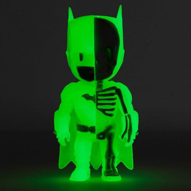 xxray_batman_glow_in_the_dark_mighty_jaxx_2