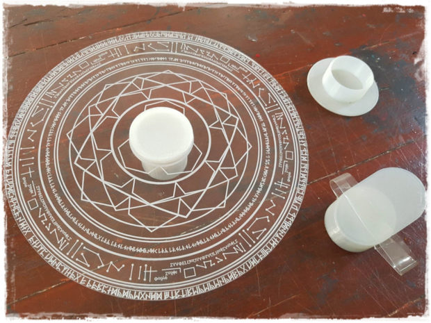 doctor_strange_mandala_of_light_magic_hand_prop_kimthepropsmaker_2
