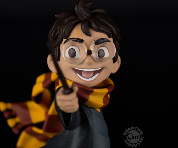 QMX Harry's First Spell Harry Potter Q-Fig