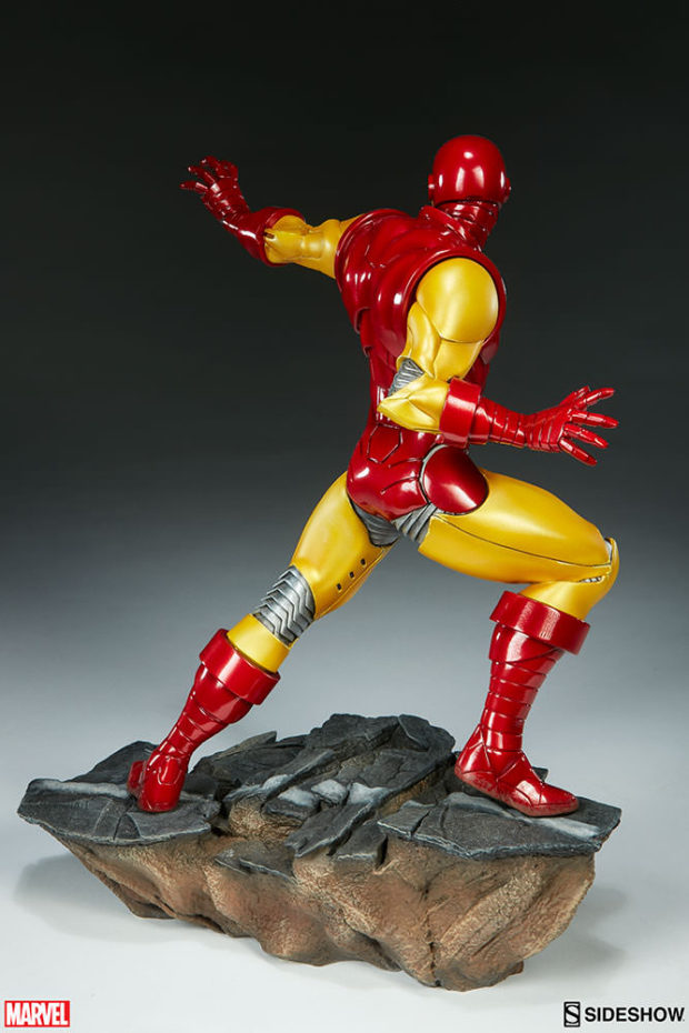 iron_man_avengers_assemble_statue_sideshow_collectibles_4