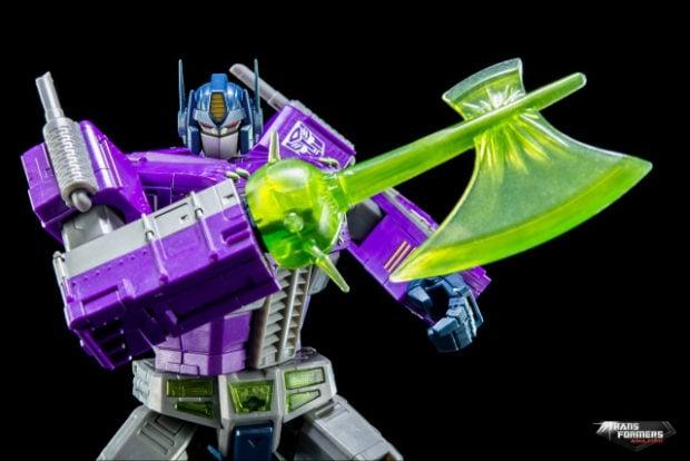 masterpiece_shattered_glass_optimus_prime_takara_tomy_7