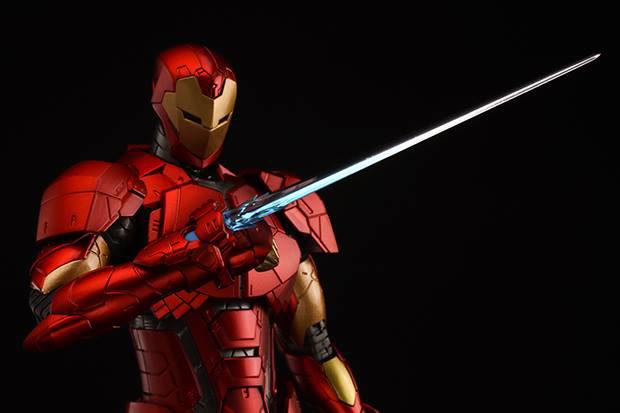 re_edit_iron_man_8_shape_changing_armor_sentinel_8