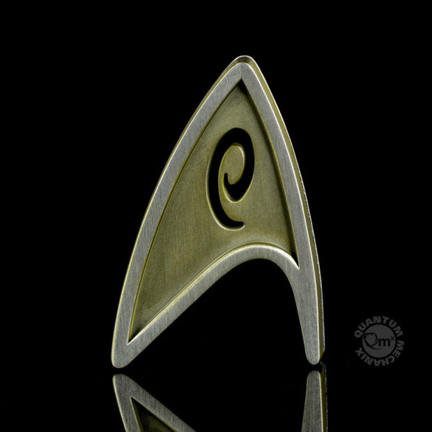 star_trek_beyond_replica_badge_quantum_mechanix_5